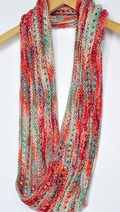 Mobius cowl...this pin takes you to a YouTube site that shows how to cast on for Mobius knitting. Very well done...