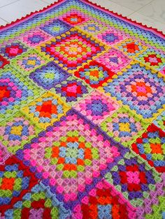 traditional granny square blanket -   I love the different size squares