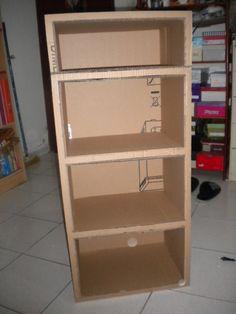 An etegere of cardboard boxes . Diy Cardboard Furniture, Cardboard Storage, Diy Storage Boxes, Diy Furniture Projects, Cardboard Crafts, Craft Storage, Yarn Storage, Cardboard Boxes, Diy Home Crafts