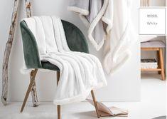 Dekoračná deka snehovo bielej farby s lemovaním Powder Pink, Wardrobe Rack, Blanket, Furniture, Stockholm, Design, Home Decor, Decoration Home, Room Decor