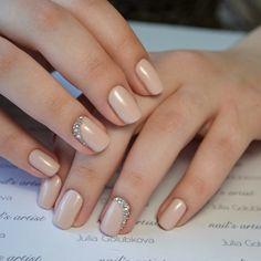 Gem Nails, Gelish Nails, Nail Manicure, Hair And Nails, Bridal Nails Designs, Wedding Nails Design, Nail Designs, Simple Bridal Nails, Cute Nails