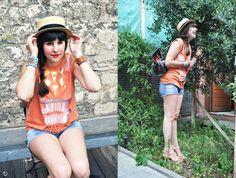 https://www.facebook.com/pages/Appelle-moi-Mrs-CoOp3r-fashionblog/181374498573766  http://www.appellemoimrscoop3r.com/article-buffalo-head-119319280.html