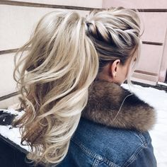 No need to go all out this Valentine's Day and do some crazy-complicated hairstyle. these gorgeous ponytail hairstyles are also perfect for wedding, modern but at the same time elegant, a ponytail with wispy bangs in the perfect choice for trendy and chic brides. From easy high ,puff ponytails to low ponytails… #weddinghairstyles