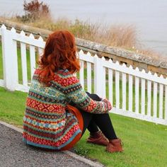 'Hedgerow' Cardigan pattern - Hedgerow design by Ann Kingstone and Published in a book for Rowan called 'Stranded Knits'. Knitted in Rowan Felted Tweed DK 8 ply Knitting Stitches, Hand Knitting, Knitting Ideas, Rowan Knitting Patterns, Rowan Felted Tweed, Rowan Yarn, Creative Knitting, Fair Isles, Fair Isle Pattern