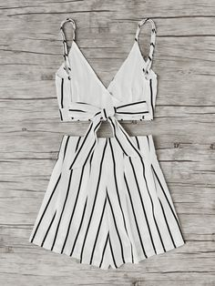 To find out about the Stripe Surplice Bow Tie Open Back Crop Cami Top With Shorts at SHEIN, part of our latest Two-piece Outfits ready to shop online today! Mode Outfits, Trendy Outfits, Girl Outfits, Fashion Outfits, Fiesta Outfit, Cami Crop Top, Crop Tops, Girl Fashion, Womens Fashion