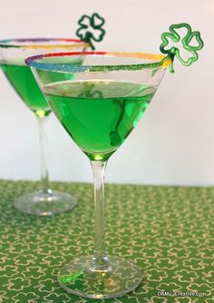 St. Patrick's Day Drink Ideas- love the rainbow sugar rim, can use for any drink!