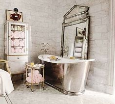 Gorgeous tub - Color Outside the lines