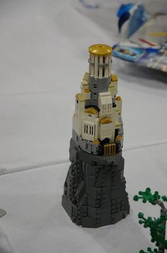 Brickworld 2013 - 161 | Flickr - Photo Sharing! - what the fuck - low res building with the highest amount of details possible - great job