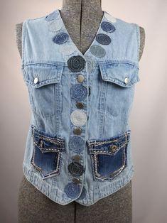 Denim Bag, Denim Outfit, Redo Clothes, Clothing Redo, Old Jeans Recycle, Denim Vests, Jean Vest, Recycled Fashion, Vintage Denim