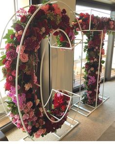 Floral letters styling by florals by hire by Wedding Trends, Wedding Designs, Wedding Ideas, Trendy Wedding, Floral Wedding, Event Planning, Wedding Planning, Photowall Ideas, Vitrine Design