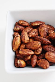 6 Paleo and Whole30 roasted nut recipes to amp up your healthy snacking | A Joyful Riot: