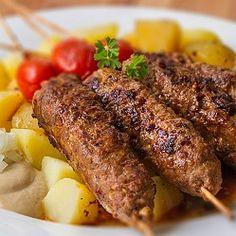 Čevabčiči What To Cook, Food Lists, Fine Dining, Steak, Pork, Food And Drink, Beef, Cooking, Kale Stir Fry