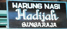 Warung Nasi Hadijah Singaraja  Warung Makan ini juga dikenal dengan nama warung Nasi Bik Juk, lokasinya ada di daerah singaraja. Ini adalah warung yang sangat legendaris di Bali.