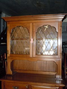 HUTCH / CHINA CABINET, CHERRY WOOD , By Thomas P. Bealu0027s Company