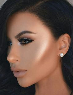 If you would like transform your eyes and increase your appearance, using the best eye makeup tips and hints will help. You need to make sure to wear make-up that makes you start looking even more beautiful than you already are. Flawless Makeup, Gorgeous Makeup, Pretty Makeup, Love Makeup, Day Makeup, Makeup Goals, Skin Makeup, Makeup Tips, Makeup Ideas