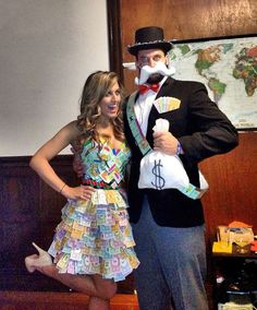 DIY Monopoly Halloween Couple Costume.