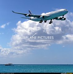 Air France F-GLZU aircraft at Sint Maarten - Princess Juliana Int photo