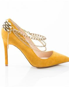 Draping Chains - ShoeMint (think these are so cool!)