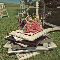 Cute ideas for flower vases!