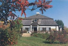 zabytkowe dworki szlacheckie | Dwór z Żyżyna :: fot. K. Wasilczyk Manor Houses, Cottage Homes, Old World, Travel Inspiration, Places To Visit, Romantic, Culture, Mansions, Country