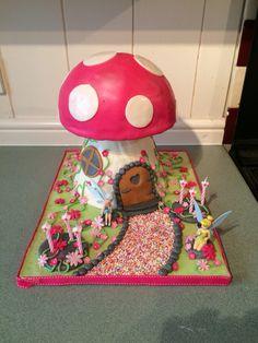 Fairy toadstool cake