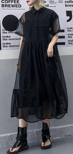 Women black tulle tunic top short sleeve Robe summer Dress Source by soolinen dresses short Midi Sundress, Tulle Dress, Simple Dresses, Casual Dresses, Modest Fashion, Fashion Dresses, Summer Dresses For Women, Black Summer Dresses, Dress Black