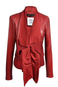 #Escada #leatherjacket #red #designer #fashionblogger äclothes #vintage #mode #accessories #secondhand #onlineshopping #mymint