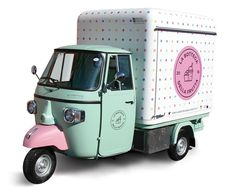 Piaggio Van for Smoothies and Juicers street vending                                                                                                                                                                                 More