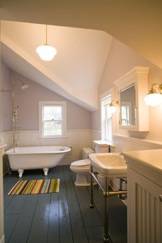 Eight elements of a farmhouse style bathroom - good tips in this article