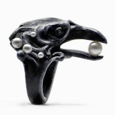 BLACK CORVUS RING - Macabre Gadgets Official Online Boutique