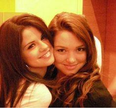 selena gomez and jennifer stone   Selena Gomez & Jennifer Stone RARE   Flickr - Photo Sharing!
