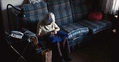 Esta cámara escondida grabó lo que hacia una abuela cuando no había nadie en casa y es triste