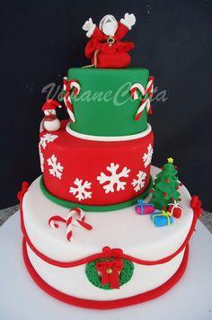 Christmas Cake - Wow wish I had the skill
