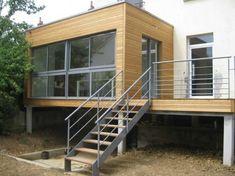 1000 idées sur le thème Extensions De Maison sur Pinterest ... House With Porch, House Front, Farm Villa, Garage Extension, Balcony Railing Design, Backyard Office, Modular Structure, Archi Design, Home Upgrades