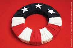 recycling project - 4th of july wreath