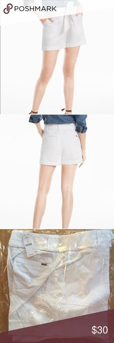 ☀️NWT White House Black Market The Cabana Short White House Black Market The Cabana Tie Belted Short in white/cream, new with tags, size 4. White House Black Market Shorts