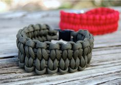 36 Paracord Projects For Preppers | Bracelets and Other Cool DIY Gear - Survival Life | Preppers | Survival Gear | Blog