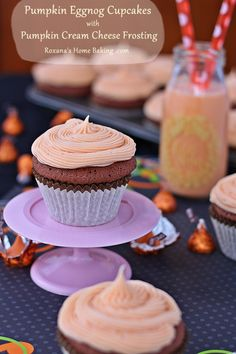 Sweet and flavorful from the eggnog and pumpkin spices, these pumpkin eggnog chocolate cupcakes are topped with a pumpkin flavored cream cheese frosting Frosting Recipes, Cupcake Recipes, Cupcake Cakes, Dessert Recipes, Cup Cakes, Cupcake Art, Yummy Recipes, Eggnog Cupcakes, Chocolate Cupcakes