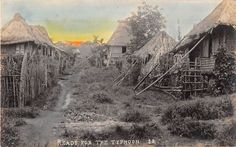 Ready for the Typhoon Filipino House, Filipiniana, Interesting Photos, Historical Pictures, Photo Postcards, Pinoy, Old Houses, Old Photos, Philippines