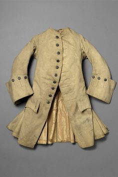 Coat, mid 18th century. Wooled, lined with silk.