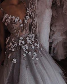 Pretty Prom Dresses, Elegant Dresses, Cute Dresses, Vintage Dresses, Beautiful Dresses, Wedding Dresses, Glamouröse Outfits, Fairytale Dress, Princess Fairytale