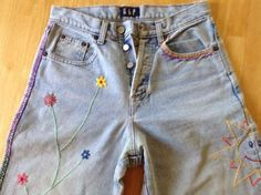 Gap Jeans Hand Embroidered Embellished 6 Long Button Fly Tapered Leg 1990s BOHO #GAP #taperedleg