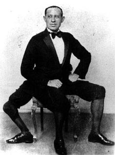 Born at the turn of the 20th century, Frank Lentini ultimately became one of the world's most successful and long-lived sideshow acts. His condition was incredibly unique: Lentini had a third leg. This, on its own, was enough to attract an audience; but, what shocked people even more was the fact that the three-legged man was also equipped with two sets of fully-functioning genitals.