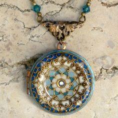 """Handmade vintage enamel locket Collier porte photos émaillé """"Lune bleue"""""""