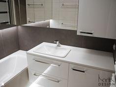 MAŁA ŁAZIENKA Z OSOBNĄ TOALETĄ - zdjęcie od KODA DESIGN studio projektowe Dawid Kotuła - Łazienka - Styl Minimalistyczny - KODA DESIGN studio projektowe Dawid Kotuła Malaga, Bathroom, Home Decor, Washroom, Decoration Home, Room Decor, Full Bath, Bath, Home Interior Design