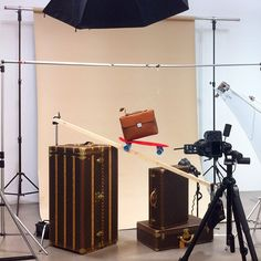 Making of Louis Vuitton shooting styled by @joanadelafuente for #GQ #gqspain #louisvuitton #mywork #stilllifephotography #productphotography #makingof #daylightstudios
