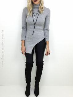 Blusa longa e gola alta - Flávia Christina