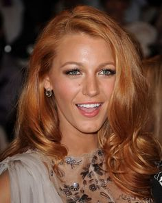 Love her hair color def my next change up