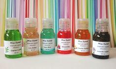 Lembrancinha - Mini Sabonete Líquido Glamour, oferece o toque especial de brilho e glamour no ato de lavar as mãos.  Varias cores e aromas. http://mixsweets.elo7.com.br