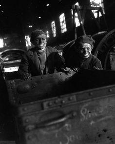 "#Robert Doisneau Photography|""Mines de lens en 1945"" du photographe Robert Doisneau(1912-1994)"